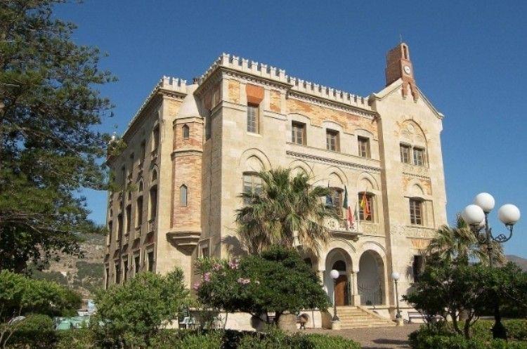 Palazzo Florio Escursioni in barca Favignana
